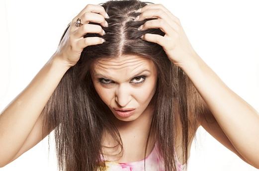 остановить выпадение окрашенных волос